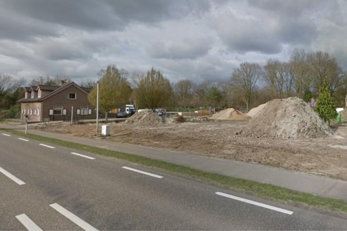 Loods in Well gaat twee meter over de bouwgrens en moet afgebroken worden: 'Dit voelt als pesten'