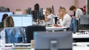 Vakbonden: onrust over terugkeer naar kantoor door Delta-variant