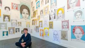 Honderd keer tekende kunstenares Anja Sijben uit Neer dezelfde vrouw, maar het resultaat is nooit hetzelfde