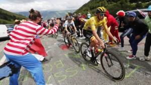 Geletruidrager Tadej Pogacar boekt tweede ritzege in Tour de France