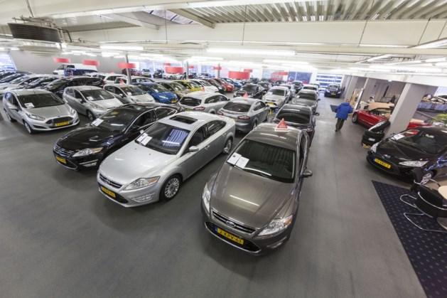 Vanaf 2035 alleen nog maar elektrische auto's in de showroom
