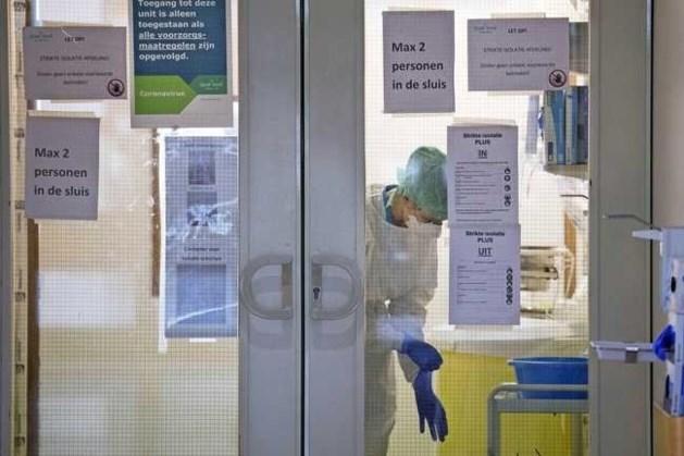 Meer coronapatiënten belanden in ziekenhuizen