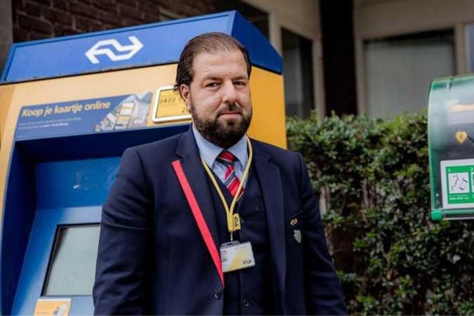 ProRail en NS begonnen met plaatsen AED's op alle stations: 'Hiermee redden we levens'
