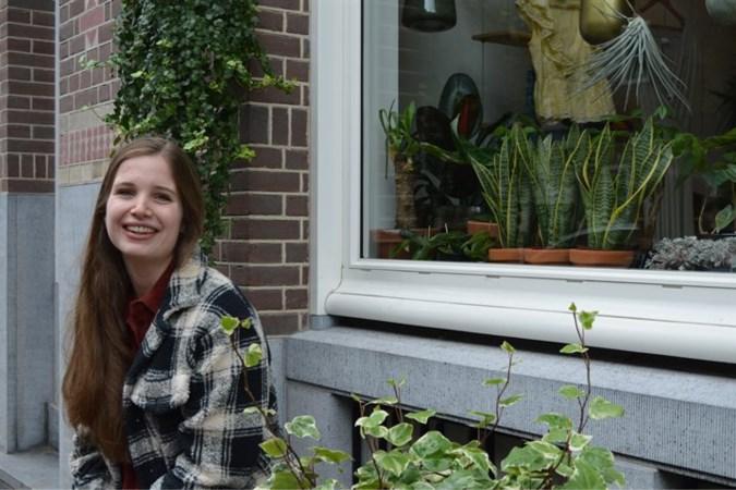 Laurie (22) uit Nederweert wint Prix de Paris en gaat jaar naar Franse hoofdstad: 'verheug me op het weerzien met de Eiffeltoren'