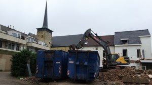 Twee woningen worden gesloopt voor uitbreiding Aldi in Broekhem