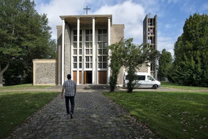 Kerk van 't Eikske maakt plaats voor 24 zorgwoningen