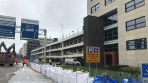 Maastricht UMC+ schaalt zorg af vanwege slechte bereikbaarheid door hoog water