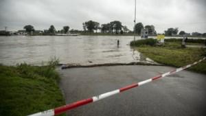 Na Maasband laat burgemeester Leurs ook andere Steinse dorpen evacueren