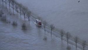 Gemeente Bergen zet in overstromingsgebied pendeldienst in