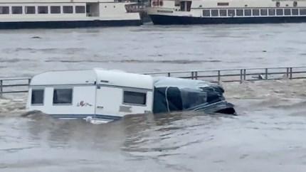 De wegdrijvende caravan van Peter ging viral: 'En dan ineens, binnen een paar seconden, is alles weg'