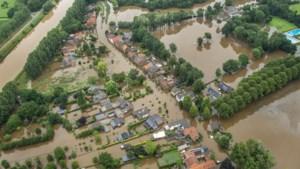 Met een 'helikopterblik' over het Limburgse water: enorme schade in zuid en midden, voorbereidingen in noord