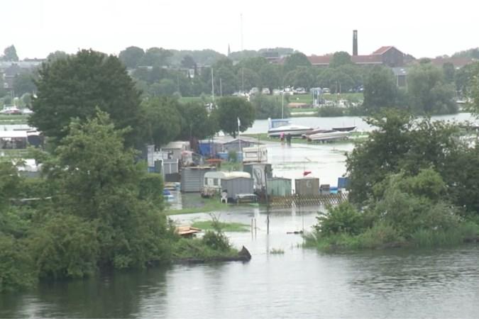 Roermond gaat honderden huishoudens evacueren vanwege hoogwater: 'Hulp om wat spullen hoger te zetten kan ik ook gebruiken'
