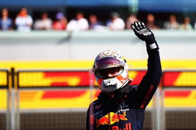Primeur: Max Verstappen verslaat Hamilton en wint allereerste sprintrace