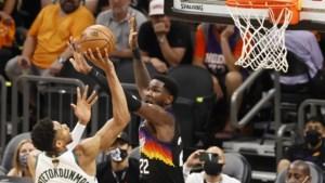 Milwaukee Bucks heeft nog één zege nodig voor titel in NBA