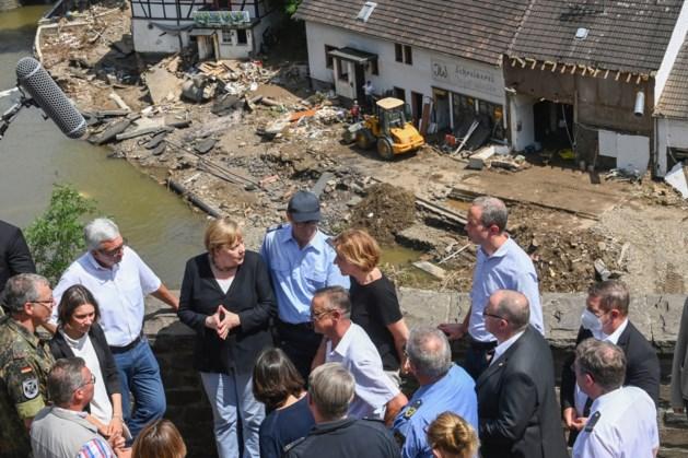 Bondskanselier Merkel bezoekt rampgebied in Rijnland-Palts