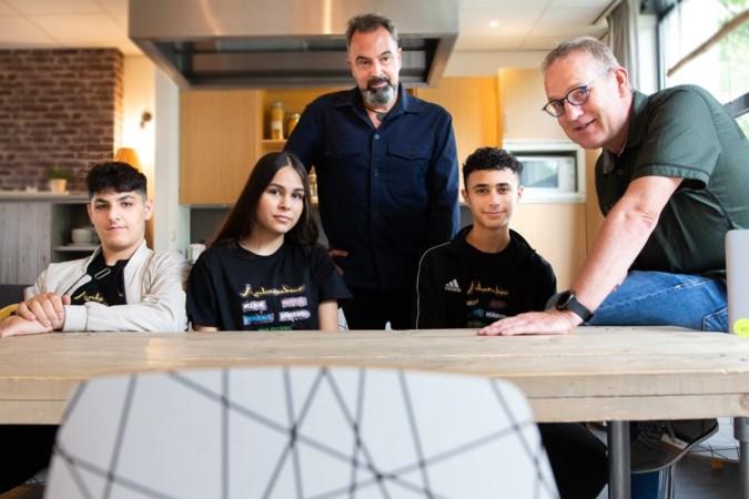 Leerlingen praktijkschool Terra Nigra slaan als ambassadeurs bruggen tussen verschillende culturen