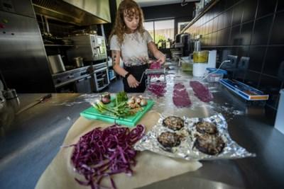 Sanne Dijkhuis (21) kookte in de Muziekgieterij in Maastricht: rockers gaan Sanne missen