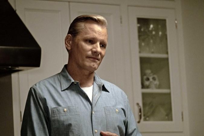 Viggo Mortensen is persoonlijker dan ooit in regiedebuut 'Falling'