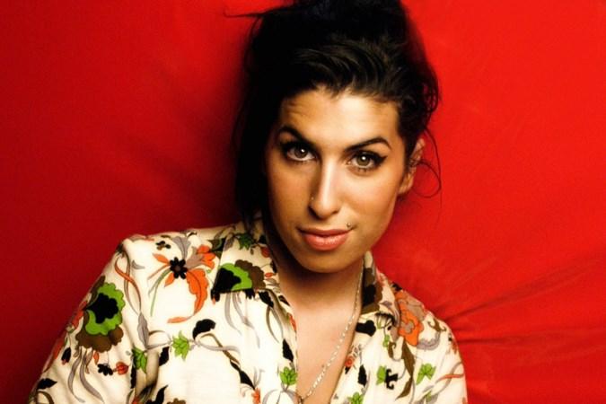 Beste vriend schrijft eerbetoon: 'Amy Winehouse was niet meer te redden'