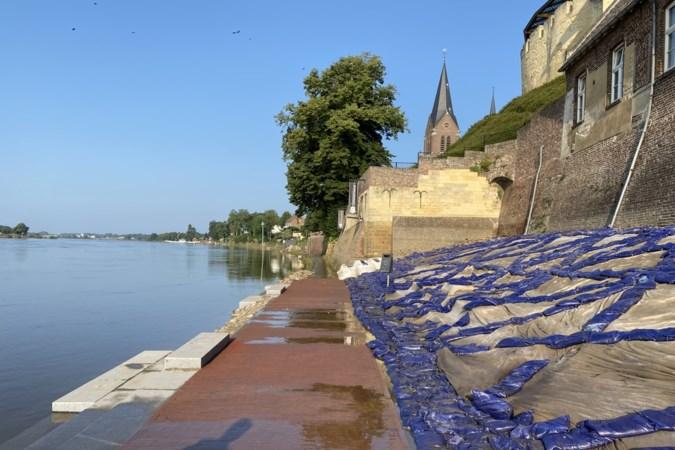 Schade door hoogwater aan gloednieuwe Maasboulevard in Kessel lijkt mee te vallen