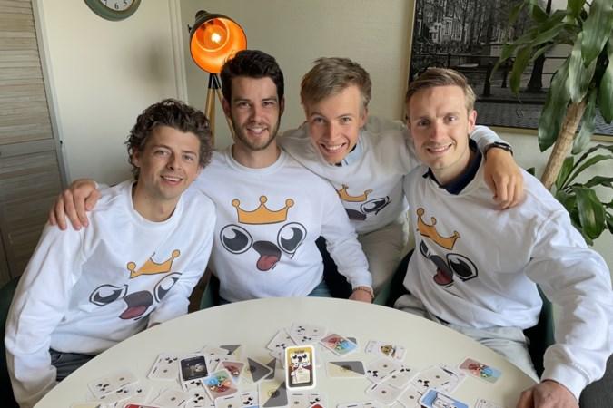 Sjoerd bedacht met drie mede-studenten van TU Eindhoven een cool nieuw kaartspel: Koning Koelkast