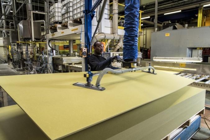 Na maanden onderhandelen akkoord over nieuwe cao voor 1200 medewerkers van Rockwool in Roermond