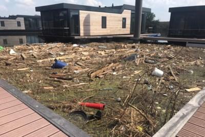 Maasgouw ruimt kadavers en puin op in particuliere havens langs de Maas
