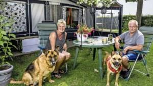 Toeristen genieten in zonnig Limburg: 'Toch beetje gek om naar rampgebied te gaan'