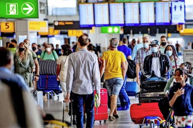 Donkerrood op Europese coronakaart: wat betekent dit voor onze vakantie?