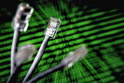 Mislukte software-update in 'telefoonboek van het internet' legt halve web plat