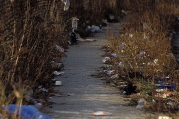 Jeugdjournaal wil reportage maken van grote groep kinderen tijdens opruimactie zwerfafval in Baarlo