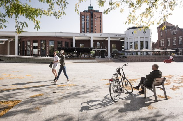 Theaterhotel De Oranjerie wordt platgebeld door vrienden van het Limburg Festival