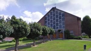 Spullen voor slachtoffers watersnood worden opgeslagen in kerk van Urmond