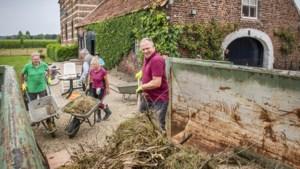 Nu het water van de Maas weer weg is, begint de grote schoonmaak in Noord-Limburg