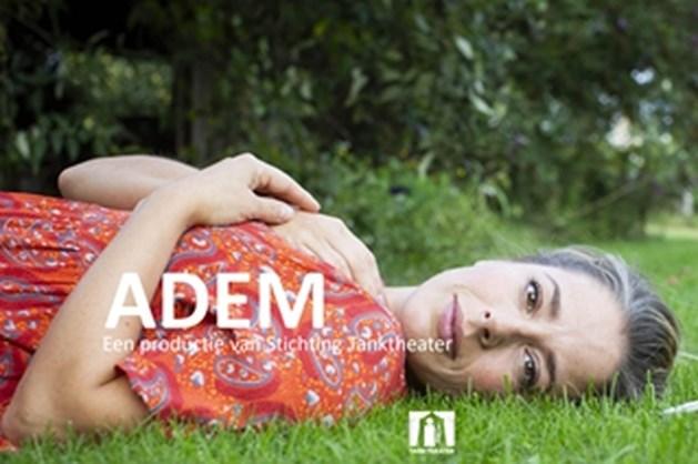 Theatervoorstelling ADEM in schouwburg Venray gratis voor mantelzorgers