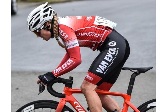 Sittardse Bryony van Velzen (25) stopt per direct met wielrennen: 'Ik had er geen plezier meer in'