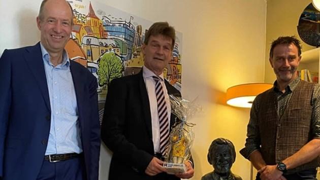 Burgemeester Roel Wever van Heerlen Eerste Vriend van Toon Hermans Huis Parkstad