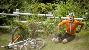 'Plankjesgate' op Spelen na val Van der Poel in mountainbikerace : 'Enkel meegekregen dat hij bij testevent was weggehaald'
