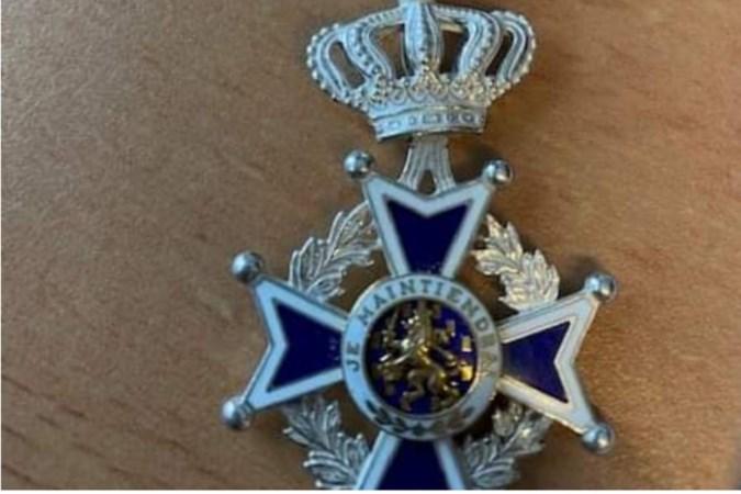 Kerkraadse nepcollectanten stelen koninklijke onderscheiding