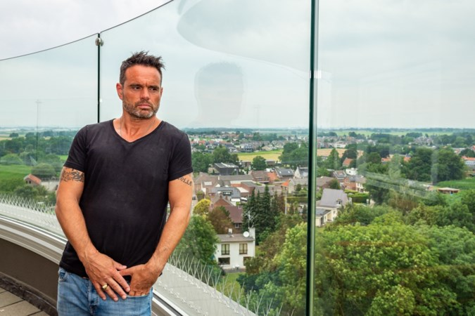 Frans Hermans brengt met nieuwste nummer ode aan 'zijn' dorp Sjömmert