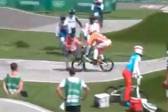 Scheurtje in knieschijf BMX'er Niek Kimmann na botsing met overstekende official