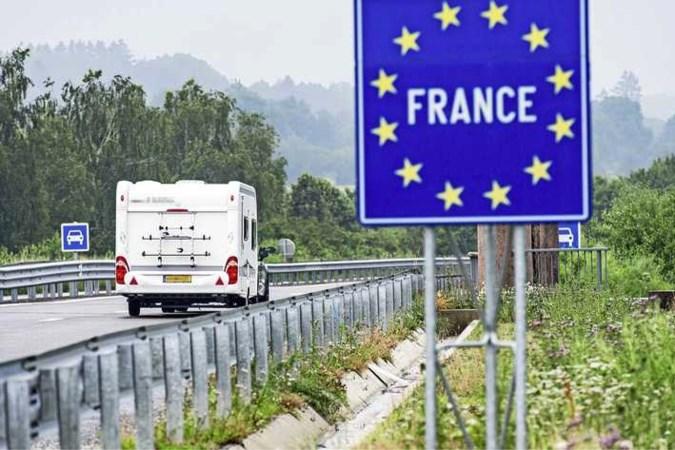 Zorgen om corona op Franse campings: 'Jong personeel vaak niet gevaccineerd'