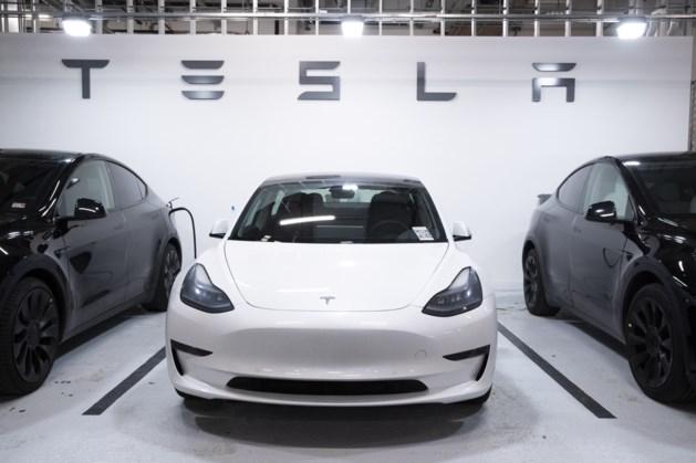 Omzet autobouwer Tesla verdubbeld naar 12 miljard dollar