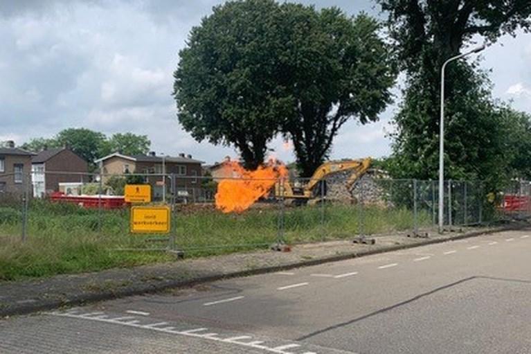 Video: Gaslek zorgt voor steekvlam bij appartementencomplex in Maastricht; vier woningen ontruimd