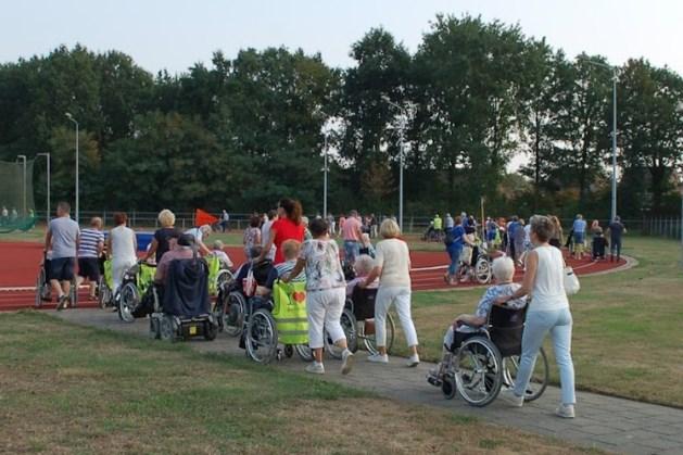Vijftiende editie rolstoeltocht door Heythuysen in augustus