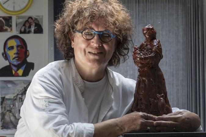 Laatste van hekserij beschuldige vrouw krijgt standbeeld op Kasteel Limbricht: 'Ze werd gemarteld, maar brak niet'