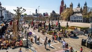Maastricht schaalt coronamaatregelen binnenstad verder af: tijdelijke fietsenstallingen en toiletten worden weggehaald