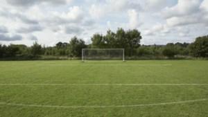 Schade aan netten doelen voetbalvereniging Hebes