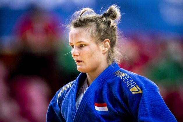Sanne van Dijke bezorgt judoploeg met bronzen plak eerste olympische medaille
