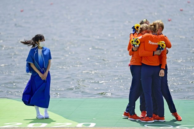 Vrouwen vier-zonder veroveren zilver in olympisch roeitoernooi